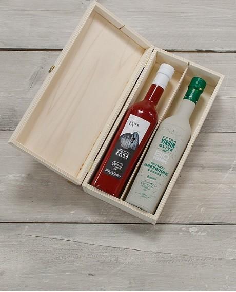 """Geschenkpakket """"Culinario Dos"""" Olijfolie Arbequina BIO/DEMETER kist grenen 2 fles 500ml. Castillo de Canena"""