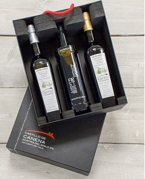 "Geschenkpakket  ""CAJA NEGRA Tres"" Olijfolie Family Reserve + Early Royal BIO 3 fles 500ml. Castillo de Canena"