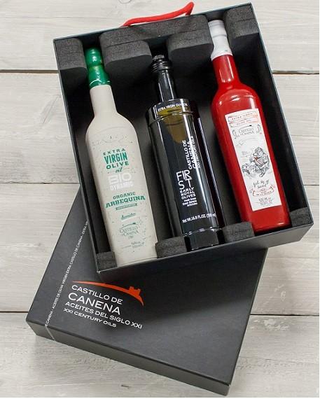 "Geschenkpakket ""CAJA NEGRA dos"" Olijfolie Arbequina + Early Royal  BIO/DEMETER 3 fles 500ml. Castillo de Canena"
