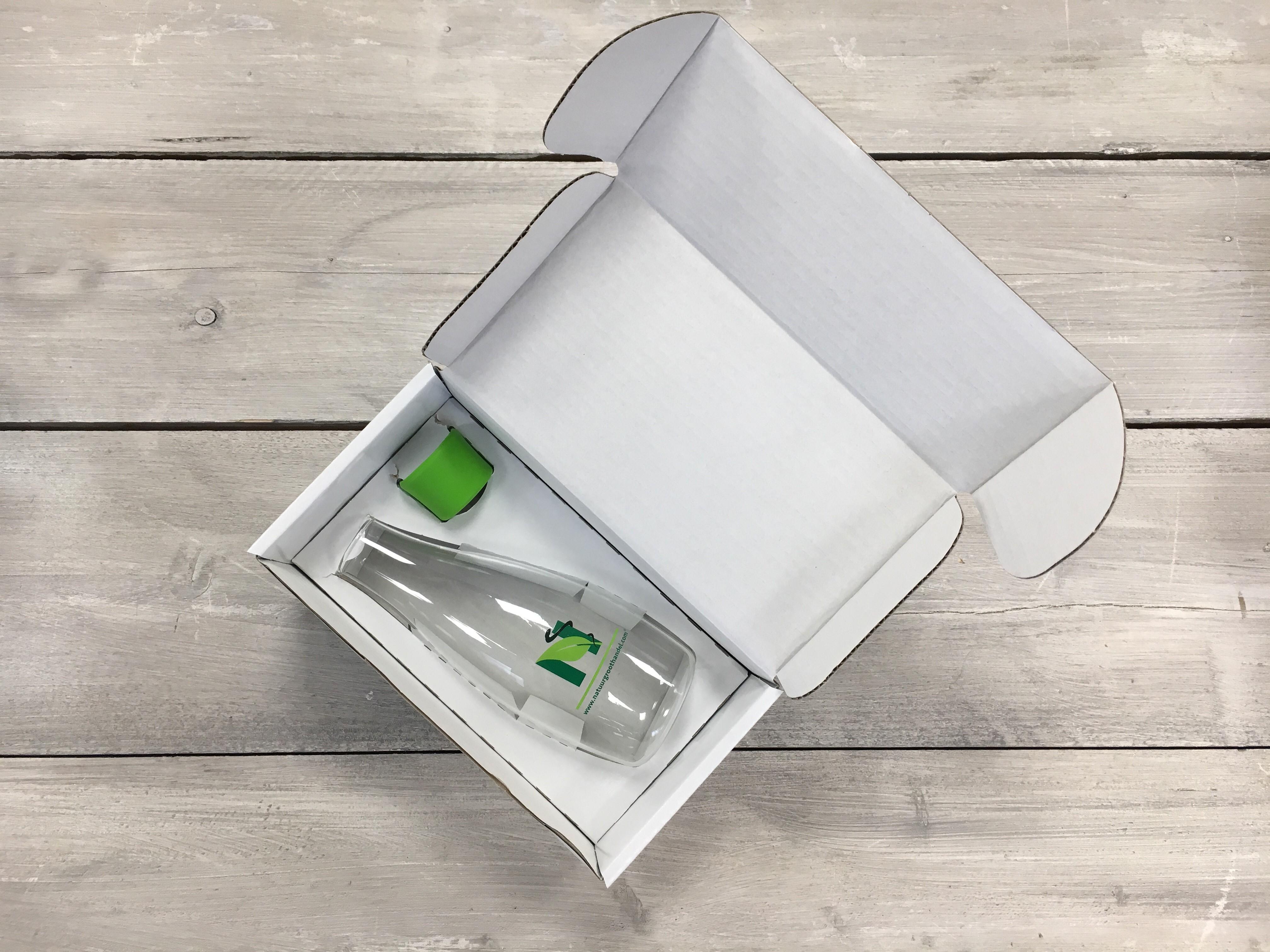 Geschenkpakket waterfles 0.5ltr. dop groen met logo Natuurgroothandel Retap